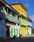 Edificios españoles coloreados multi en La Habana central Imagen de archivo