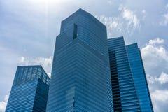 Edificios financieros azules fotografía de archivo libre de regalías