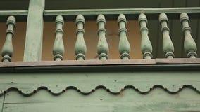 Edificios georgianos de la técnica de la arquitectura del Woodcarving, fachadas del vintage, herencia almacen de metraje de vídeo
