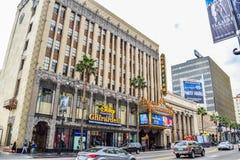 Edificios hermosos en Hollywood Boulevard el paseo famoso de la fama Imágenes de archivo libres de regalías