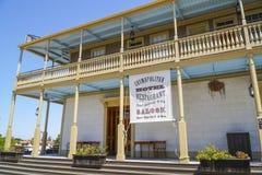 Edificios hermosos en San Diego Old Town - SAN DIEGO - CALIFORNIA - 21 de abril de 2017 Imagen de archivo libre de regalías