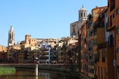 Edificios históricos en Girona Fotos de archivo