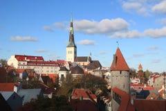 Edificios históricos en Tallinn Imagenes de archivo