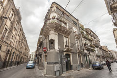 Edificios históricos italianos, Catania de centro histórica, Sicilia Italia Foto de archivo libre de regalías