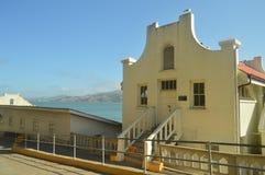Edificios interiores de los años 30 dentro de la cárcel de Alcatraz en San Francisco Días de fiesta Arquitecture del viaje fotos de archivo libres de regalías