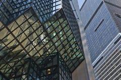 Edificios modernos céntricos Imagenes de archivo