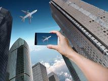 Edificios modernos con el aeroplano imagen de archivo libre de regalías