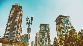 Edificios modernos del horizonte de San Diego Imagenes de archivo
