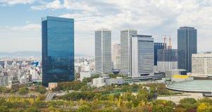 Edificios modernos en Osaka, Japón imagen de archivo