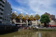 Edificios modernos en Rotterdam Fotos de archivo libres de regalías