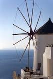 Edificios tradicionales en Oia, Santorini durante puesta del sol Imágenes de archivo libres de regalías