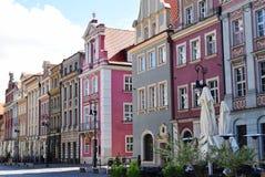 Edificios viejos coloridos de la ciudad imagen de archivo