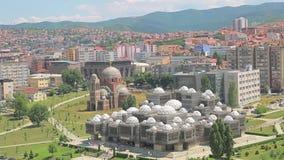 Edificios viejos de Pristina aéreos almacen de metraje de vídeo