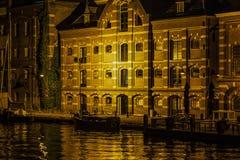 Edificios viejos del puerto de Wormer Holanda holandesa Fotos de archivo