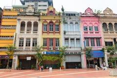 Edificios viejos en centro de ciudad de Kuala Lumpur Fotos de archivo