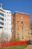 Edificios viejos y nuevos Fotografía de archivo