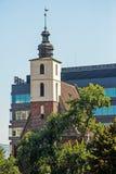 Edificios viejos y nuevos en ciudad Fotografía de archivo libre de regalías