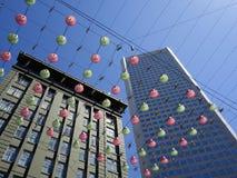 Edificios y la Navidad Belces. Fotografía de archivo libre de regalías
