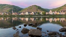 Ediger-Eller in Calmont op de Moezel Duitsland stock foto