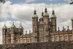 Edimbourg, Ecosse, le BRITANNIQUE - bâtiments et cieux, l'école de Donaldson photos libres de droits