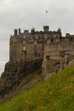 Edimburgo, Escócia - cerca do março de 2013: Uma vista do exterior do castelo de Edimburgo Imagens de Stock