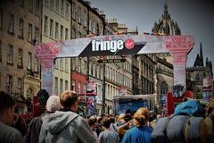 Edimburgo, Escócia/Reino Unido - 14 de agosto de 2018: O festival da franja é o festival de artes o maior no mundo imagens de stock royalty free