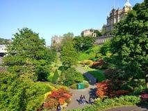 Edimburgo. Garden colores trees people Stock Images