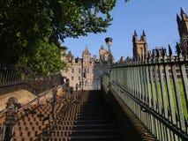 Edimburgo - la Scozia - punto alla vecchia città Fotografie Stock