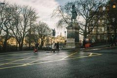 Edinburg i morgonen Arkivfoton