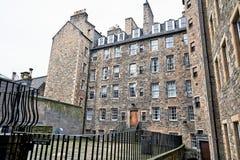 Edinburg, sikt av staden, flera monument och slotten, Arkivbild