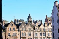 Edinburg, sikt av staden, flera monument och slotten, Royaltyfria Bilder
