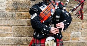 EDINBURGH, 24 Maart 2018 - Nachtmening van de stad van Edinburgh in Scot royalty-vrije stock afbeeldingen