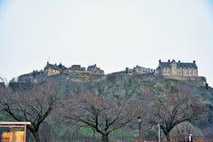 Edinburgh, Mening van de stad, verscheidene monumenten en Kasteel, Stock Afbeeldingen