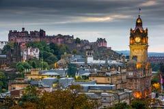 Edinburgh nachts Lizenzfreie Stockbilder