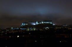 Edinburgh-Schloss bis zum Nacht Lizenzfreies Stockbild