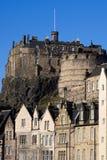 Edinburgh Schloss und Grassmarket lizenzfreies stockfoto