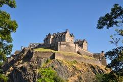 Edinburgh-Schloss von unterhalb - Schottland, Großbritannien lizenzfreie stockfotografie
