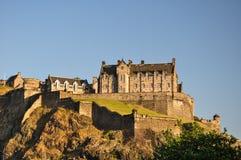 Edinburgh-Schloss von unterhalb - Schottland, Großbritannien lizenzfreie stockfotos