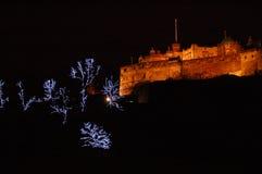 Edinburgh-Schloss am Weihnachten lizenzfreies stockbild