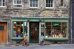 EDINBURGH, SCOTLAND - AUGUST 29: Whisky shop  on August 29, 2013 in Edinburgh, Scotland, UK Royalty Free Stock Image