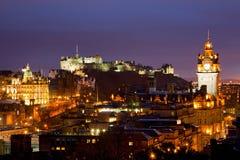 Edinburgh scotland skymning Arkivfoto