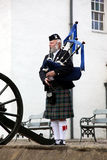 EDINBURGH, SCOTLAND,Unidentified Scottish Bagpiper Royalty Free Stock Photography