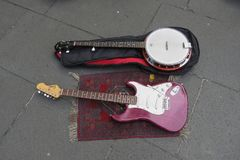 Electric guitar and banjo stringed instruments Royalty Free Stock Photography