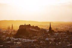 Edinburgslott på solnedgången, Skottland Arkivbilder