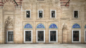 Edirne Turkiet - Maj 24, 2014: Innerväggar av den Selimiye moskén i Edirne Arkivfoton