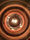 Edison lightbulb från unikt perspektiv arkivfoton