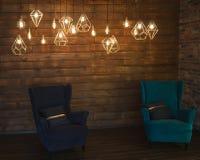 Edison& retro incandescente x27; lámparas de s en un ingenio moderno del interior del estilo Foto de archivo