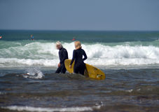Editorial couple surfers Ditch Plains Montuak New York Stock Photo