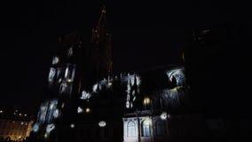 Editorial: 3 de setembro de 2017: Strasbourg france Mostra do laser em paredes da catedral de Strasbourg video estoque