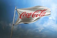 Editorial fotorrealista de la bandera de la Coca-Cola imagen de archivo